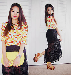 Now That's Chic - Forever 21 Skirt, Nasty Gal Platforms - Geometric + Black