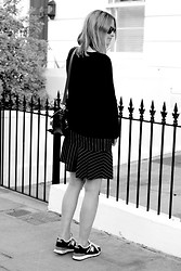 THEFASHIONGUITAR - - Ray Ban Sunglasses, Zara Jumper, Zara Skirt, Proenza Schouler Bag, New Balance Trainers - 20082013