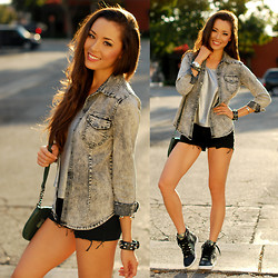 Jessica R. - Nasty Gal Camo Sneakers, Choies Stonewashed Denim, Minkpink Silver Top - #shoecult Camo Kicks
