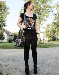 Erika Berglund - Jeffrey Campbell Lita Suéde, Lindex Leggings, Zoul Top, Iclothing.Ie Studded Bag - You're already the voice inside my head