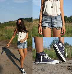 Bella WaterLily - Pimkie, Converse, Brams Paris - Free - Wild - Lookbook