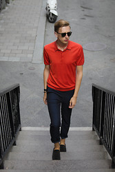 Oliver Lips - Garrett Leight Sunglasses, Cos Polo Shirt, H&M Pants, Bally Mocassins, Hermès Bracelet - Stockholm II