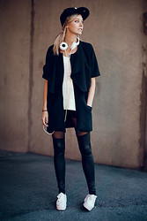 Martina M. - New Era Cap, Henrik Vibskov Jacket, Choies Leggings, H&M Flatforms - B&W.