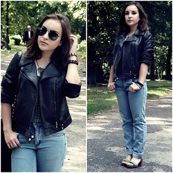 Marta O - Cheap Monday Boyfriend Jeans, Vintage Leather Jacket - When all is said and done