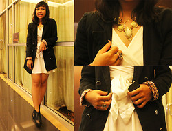 Ollyvia Laura - Star Long Blazer, Avenue White Dress, Avenue Black Leather Boots, Fashion Jewelry Necklace - Luxury Night