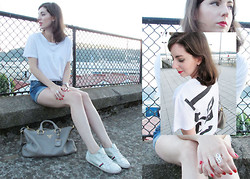 Style & Paper - Asos T Shirt, Tous Ring, Prada Bag, Tommy Hilfiger Sneakers - Number tee
