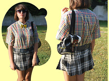 Ana Catalarrana - 2nd Hand Vichy Shirt, Vintage Bow Bowtie, Vintage Navy Belt, Unknown Cow Backpack, C&A Tartan Mini Skirt - Nerdy Mess