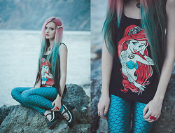 Anya Anti - Restyle Ariel Tank Top, Fish Leggings, Dr. Martens Mary Janes, Bone Hairpin - Hardcore little Mermaid