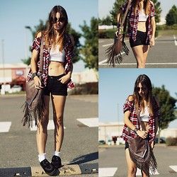 Agata P - Coffe Bag, Internacionale Shirt, New Look Creepers, Stradivarius Shorts, Primark Top - California Dream