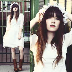 Rachel-Marie Iwanyszyn - Chic Wish White Dress, Paloma Lira Daisy Crown, Acne Studios Pixel Boot - ME AND MY HEART.