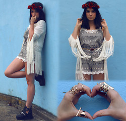 Rachael Dobbins ♡ - Hearts & Bows Aztec Playsuit, Aliexpress Gold Rings, River Island Amber Belt - Hearts & Bows