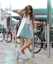 Stine Mo - Sheinside Vest, Primark Crop Top, Forever 21 Pleated Skirt, T.U.K Creepers - Minty