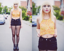 Rebecka Bjurmell - Http://Swaychic.Com Crop Top, Mtwtfss Denim Shorts, Vagabond Platforms - ORANGE IS THE NEW BLACK