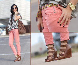 WOWS . - Meltin' Pot Salmon Jeans And Belt, Meltin' Pot Tee, Prada Sunglasses 08ps - SALMON JEANS and DOTS...   + GIVEAWAY !!!