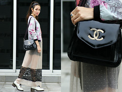 Fleur Chelsea - H&M Jacket, Chanel Vintage Bag, Zara Maxi Skirt, Dr. Martens Shoes - Fashionably Late
