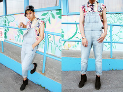 Joseff Lopez (Seffinisto) - Topshop Moto Bleach Long Leg Dungarees, Thirfted Floral Canvas Shirt, Topshop Alert Chelsea Chunky Black Boots - DUN-GA-REES