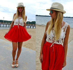Ania Zarzycka - Udobuy Top, Chicnova Skirt, Bershka Shoes - Summertime sadness