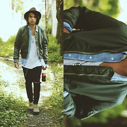 Denny Balmaceda - Marc By Jacobs, Cheap Monday, Clarks Desert Boots - CAMP.
