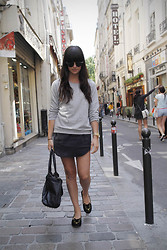 Casey David - Weekday Sweater, Weekday Skirt - Paris Photo Diary on the blog!