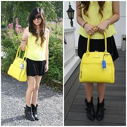 Meliani Chu - Kate Spade Neon Bag, Christian Dior Glasses - Black vs neon