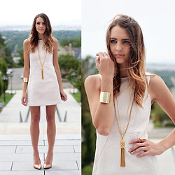 Madeline Becker - French Connection Uk Dress, Vintage Gold Necklace, Apt 202 Boutique Gold Cuff, Sam Edelman Gold Heels - SUGAR & Spice for #NYFW CREAM