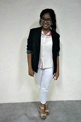 Trish Caning - Charles Klein Black Blazer, Gap White Pants, Céline Nude Colored Wedges, Sutil Sheer Top - Dress-up Day