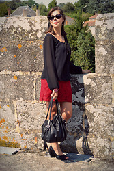 Sweety Mely - Babou Little Lace Skirt, Mister Spex Sunnies, Black Shoes - Late summer ...