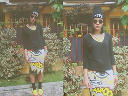 Chrisnawati Novia - Comic Skirt - YELLOW KABOOM