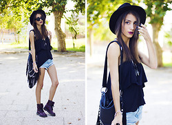 Sofia Reis - Zara Hat, Lamoda Bag, Sheinside Shorts, Primark Boots, Zerouv Sunnies - Summertime Colors