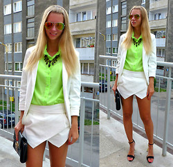Ania Zarzycka - Choies Shirt, Choies Skort, Tally Weijl Sunglasses, Zara Shoes - Taking over the world