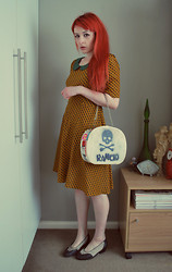Alphie LaFray - Thrifted Customized Beauty Case, Thrifted 50's Kitten Heels, Dangerfeild Orange Print Dress - Not Quite a Little Lady...