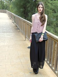 Laura R. - H&M Top, Ebay Maxi Skirt, Atmosphere Studded Clutch, Special Edition Heels, Casio Watch - Mallorca