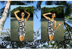 Aicha R. - American Apparel Bodycon Dress X Kesh, Le Specs Runaways - A Million Miles Away From Here