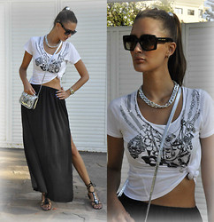 Amina Allam - Marc By Jacobs Sunnies, Mim Chain Necklace, Topshop T Shirt, Zara Long Split Skirt, Guess? Flat Sandals, Mim Silver Mini Satchel - Black&white boho chic