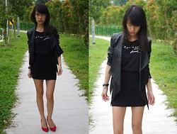 Clara . - Agnès B. Tee, Aldo Shoes, The Scarlet Room Jacket - Black X Red