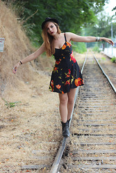 Cátia Gonçalves - Primark Hat, Vintage Dress, Zara Boots - Summer dreams are over