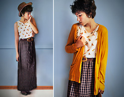 Sophia Mayrhofer - H&M Hat, Zara Fox Print Silk Top, Thrifted Maxi Skirt, Zara Gold Buckle Flats, Thrifted Statement Belt, Thrifted Mustard Cardigan - As autumn sets in