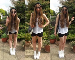 Talia Florence - All Saints Sporty Vest, True Decadence Silk Shorts, Vinyl Record Bag, Zara Black Beanie, Jeffrey Campbell Lita, Vintage Round Sunglasses, Topshop Chain Necklace, Miss Selfridge Chain Bracelet - Blurred lines... I know you want it?