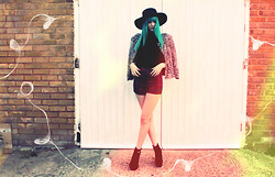 ZOE LDN - Primark Top, River Island Tartan Shorts, Asos Jacket, River Island Hat, Boohoo Shoes - SPIDERWEBS