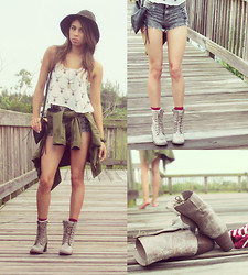 Karla Quinones - Cotton On Fox Felt Hat, Love Deer Hi Lo Knit Tee, Forever 21 Anorak Jacket, Love Fringe Shorts, Steve Madden Boots - The Odd Uneven Time