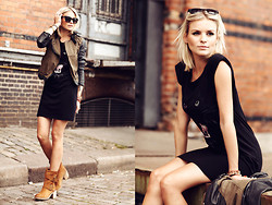 La Leonella - Tigha Leatherjacket, Mbym Dress, Copo De Nieve Boots, Urban Outfitters Glasses - Be careful with your words!