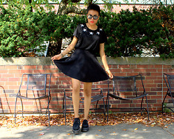 Crystal R. - Forever 21 Star T Shirt, H&M Circle Skirt, T.U.K. Creepers - Stars without stripes