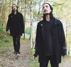Morris S - Cubus Beanie, Bianco Shoes, H&M Jeans, H&M Sweater, H&M T Shirt, Thrifted Coat, Heartagram Ltd. - Heartbeats synchronize