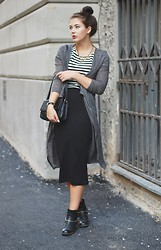 Marie Schöniger - H&M Skirt, Shirt & Cardigan - The Midiskirt