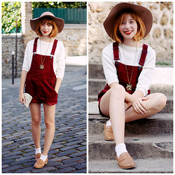 Typhaine - Monki Overalls, Cyrillus Hat, Monoprix Shoes - Losing time