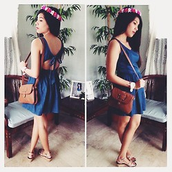 Erika Aguilar - Denim Dress, Flower Crown, Cute Brown Bag - Flower in Your Hair