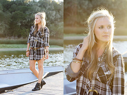 Marika F - Rails Kendra Button Down Shirt, Via Spiga Moto Booties, Samantha Wills Necklace - Casual Flannel