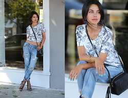 Annabelle Fleur - Level99 Jeans, Finders Keepers The Label Top, Aquazzura Heels, Gucci Bag - Floral Crop