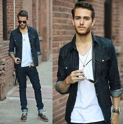 Adam Gallagher - Levi's® Shirt - LEVI'S Western