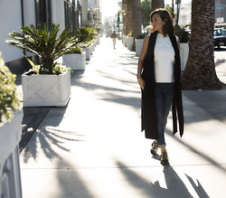 Diana Pereira - Helmut Lang Top, Rag & Bone Jeans, Christian Wijnants Vest Trench Coat, Céline Shoes - While Away